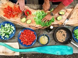 apprendre a cuisiner en ligne comment apprendre à cuisiner local durant voyage mondeoz