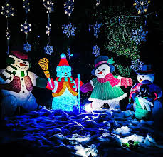 woodland hills christmas lights christmas lighting pictures getty images
