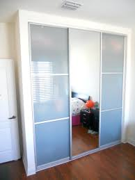 Closet Door Sliding 3 Door Sliding Bypass Closet Doors Sliding Doors Ideas