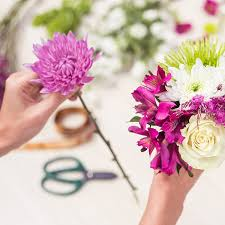 flower subscription farm fresh diy flower arrangements delivery enjoy flowers
