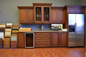 Kitchen Cabinet Factory Outlet by Kitchen Cabinets Showroom Charming Design 21 7202 Hbe Kitchen