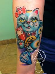 lucky cat hello kitty tattoo by london reese tattoonow