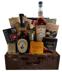 whiskey gift basket bourbon whiskey gift basket liquor gift baskets gift