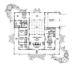 u shaped ranch house plans u shaped house plans floor for farmhouse u shaped one story with