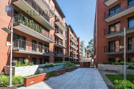 for sale sunny apartment with balcony and garage space in angel