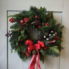 christmas wreath christmas wreaths and garlands workshop charleston trust