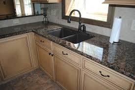 Baltic Brown Granite With Tile Backsplash Maple Cabinets - Baltic brown backsplash