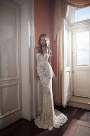 robe de mari e pr s du corps magnifique robe dentelle de mariee longue bustier pres du corps