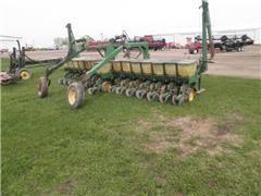 John Deere 7100 Planter by Planters Hastings Kasson Northfield Adams Plainview Mn
