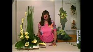 arranging contemporary flower arranging lesson hedging youtube