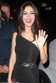 victoria justice wears elegant yet lbd to celebrate 21st