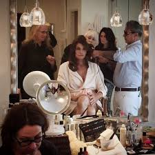 Vanity Fair Cover Shoot Caitlyn Jenner U0027s Hair Makeup And Nail Secrets From Her Vanity