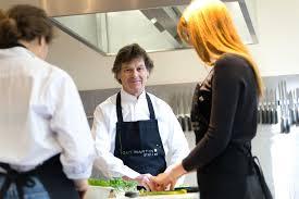 cours de cuisine martin des cours de cuisine sur mesure à l atelier martin gastronomica