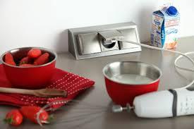 prise electrique pour cuisine prise de courant pour plan de travail cuisine idées décoration