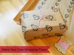 mamascout make your own wrapping paper how to make your own