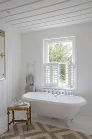Bathroom Window Curtain Ideas by Best 25 Cafe Shutters Ideas On Pinterest Shutter Blinds Window