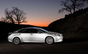 lexus es hybrid battery first look 2013 lexus es 350 and es 300h automobile magazine