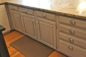 how to paint kitchen cabinets how to paint kitchen cabinets white