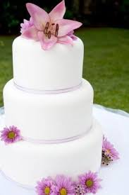 simple wedding cake decorations wedding cake designs you can do yourself