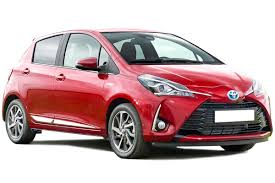 toyota yaris hybrid hatchback owner reviews mpg problems