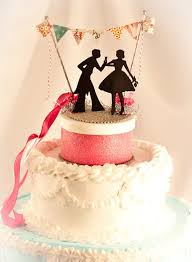 cool wedding cake toppers funky wedding cake bunting toppers bravobride