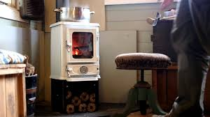 cooking on a wood stove the hobbit stove white enamel youtube