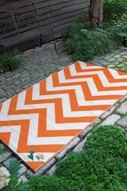 Zig Zag Outdoor Rug Black And White Chevron Outdoor Rug Roselawnlutheran