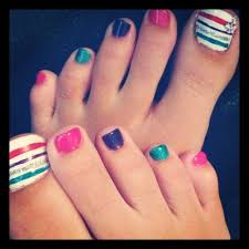 a striped pedicure i like the plain toes along with the stripes