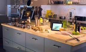 cuisine jaune et grise déco cuisine grise leroy merlin 99 le havre cuisine grise et
