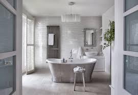 salle de bain romantique photos 10 façons de se créer une salle de bains zen elle décoration