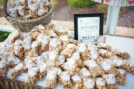 popcorn wedding favors 10 wedding favors 1 cheap wedding here comes the guide