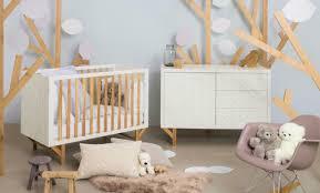 chambre bébé bourriquet chambre bb bourriquet merveilleux stickers muraux