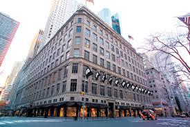 saks fifth avenue s nyc flagship plans disney themed windows