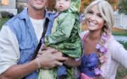 Flynn Rider Halloween Costume Rapunzel Flynn Rider Pascal Awesome Family Halloween Costume