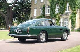 aston martin db4 zagato aston martin are reviving the db4 g t the versatile gent