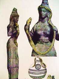 symbols of the minoan goddess religion labyrinthos potnia