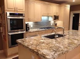 couleur actuelle pour cuisine plaque de marbre pour cuisine meuble et déco