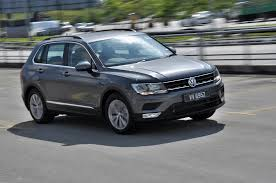 volkswagen malaysia ad test drive review volkswagen tiguan 1 4 tsi autoworld com my