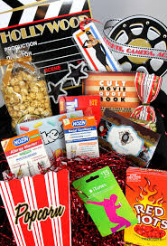 themed gifts win a nozin oscar themed gift bag giveaway nozin