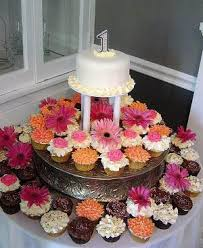 cupcake wedding cake stand ideas 5000 simple wedding cakes
