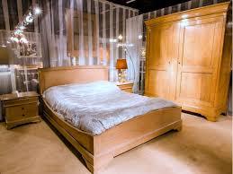 chambre en chene massif d un style romantique cette chambre à coucher johanne en chêne massif
