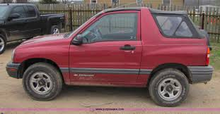2000 chevrolet tracker convertible suv item 8436 sold a