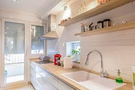 cuisine evier évier de cuisine où poser l évier dans sa cuisine ooreka