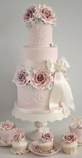 wedding cake and cupcakes wedding cake ideas sugar flowers bridalpulse