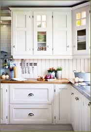 White Kitchen Cabinets With Grey Walls by Kitchen Room Shaker Style Kitchen Cabinets Gray Walls White