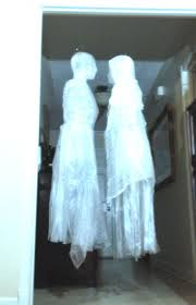 tape and trash bag ghost tutorial good tutorial for making a