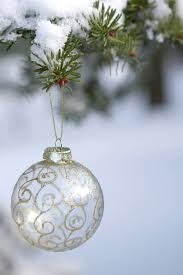 35 creative diy ideas for clear glass ornaments tipsaholic