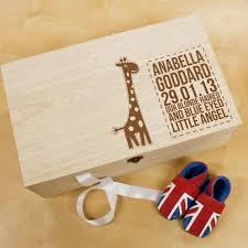 wooden baby keepsake box personalised baby giraffe keepsake box treat republic