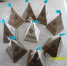 thanksgiving teepee favors made with stin up pie box die and