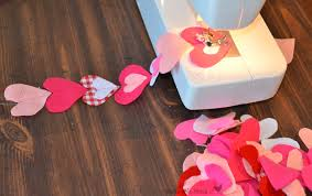 Fabric Heart Decorations How To Felt Heart Garland Bless This Mess